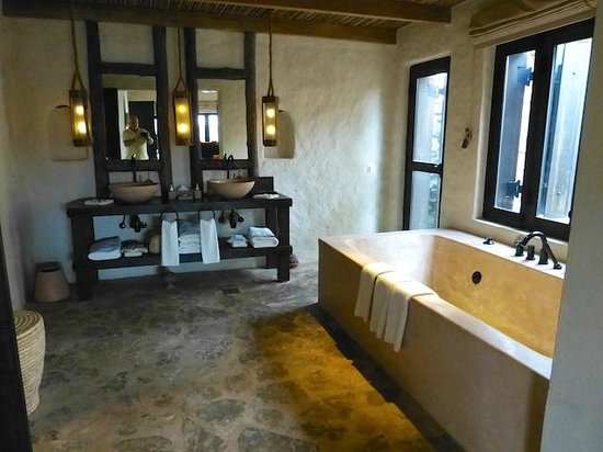 Six Senses Zighy Bay: Bathroom