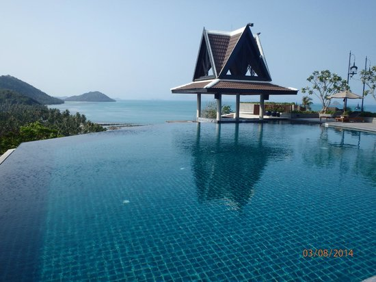 InterContinental Samui Baan Taling Ngam Resort: one of the many pools
