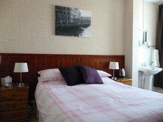 Beach Guest House: Double Ensuite Room