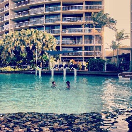 Gemini Resort : Pool area facing the south tower.