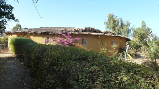 Essamaye : Large Casa with about 10 rooms