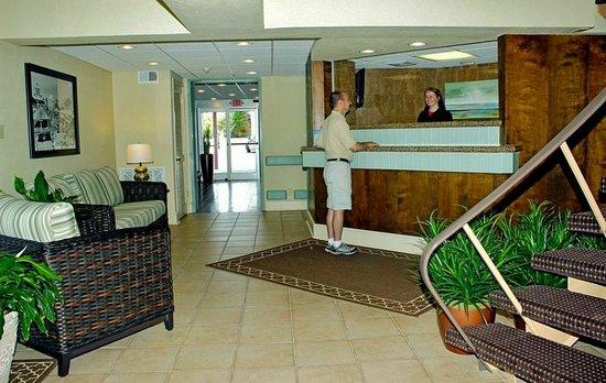 Beach Club Hotel: Hotel Lobby