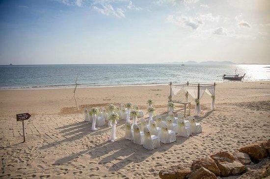 Beyond Resort Krabi: Our wedding