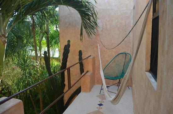 Barrio Latino Hotel: balcon habitacion contrafernte a jardines del hotel