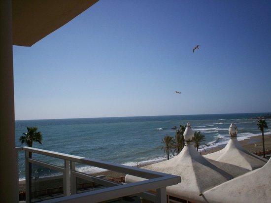 Las Arenas Hotel : sea view