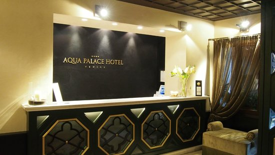 Aqua Palace Hotel : Reception Area