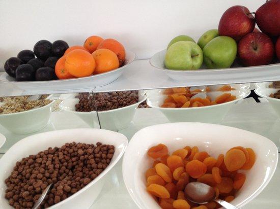 White House Hotel Istanbul: Breakfast