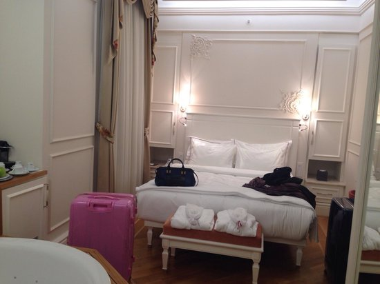 Corinne Hotel: camera Classic matrimoniale con vasca n.31