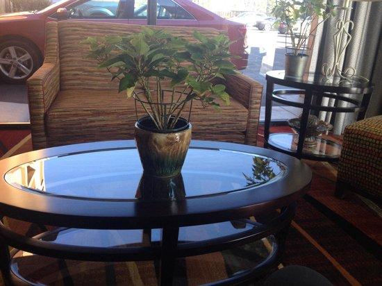 BEST WESTERN Thunderbird Motel: Lobby area