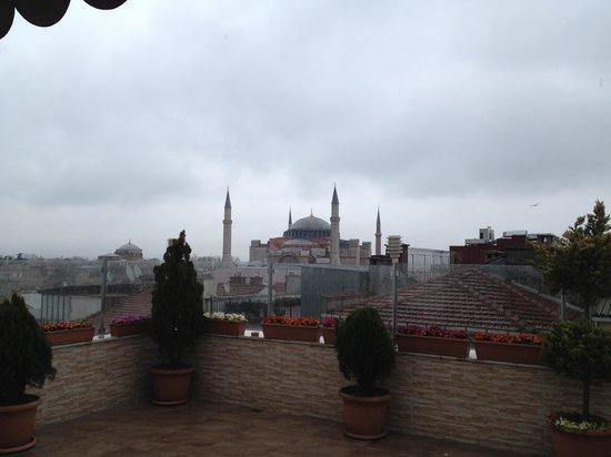 White House Hotel Istanbul : Vu de la terrasse du petit déj