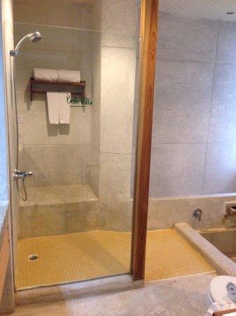Belle Villa Resort Pai : Bathroom setting