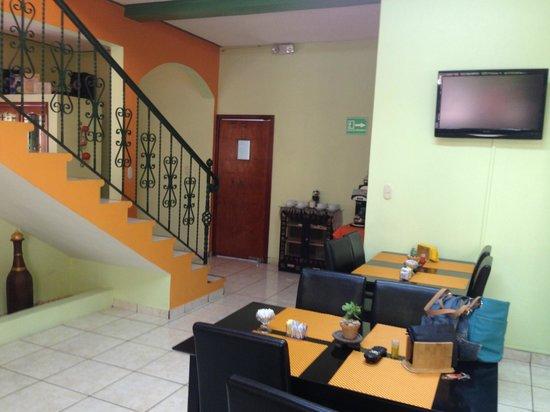Casa Las Lomas: Vista del comedor