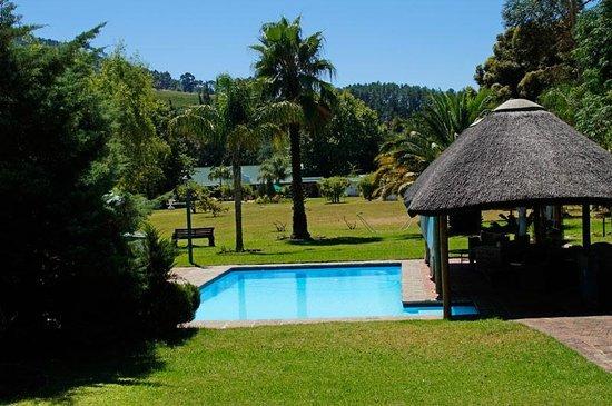 Orange-Ville Guesthouse: Blick in den großen Garten