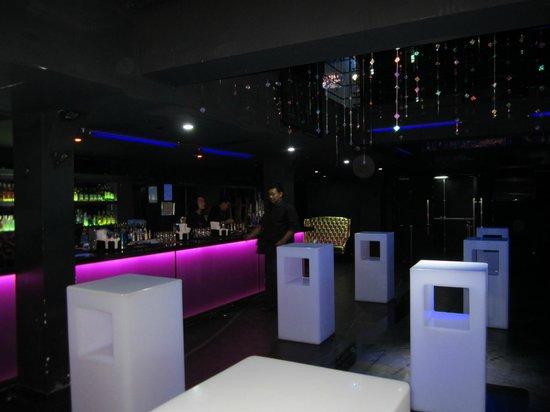 Velvet Club: .