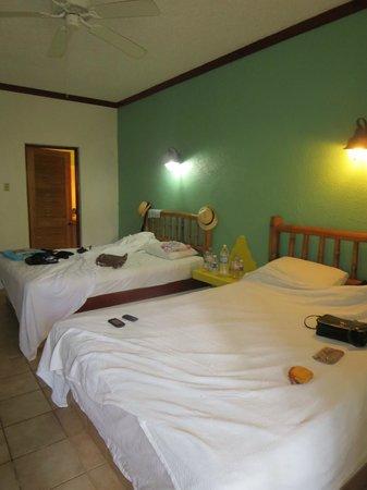 Kuyaba Hotel & Restaurant - Negril: RM 15