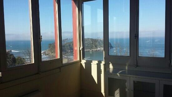 Hotel Villa Itsaso: sol primaveral