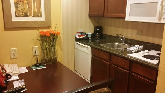 Homewood Suites Tampa Brandon: Small but clean and updated