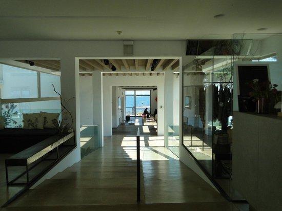 Hostal Spa Empuries: Vista desde el vestibulo del Hotel
