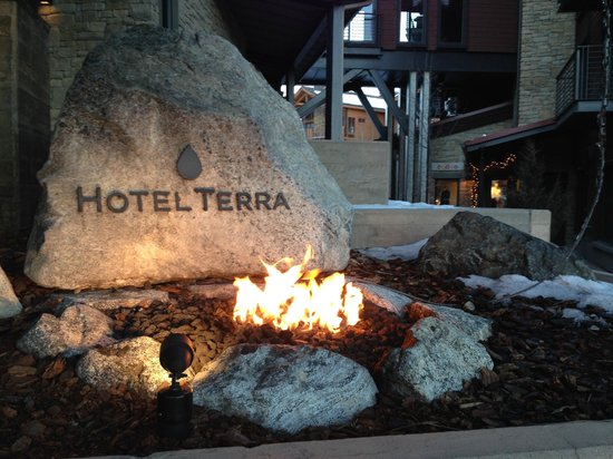 Hotel Terra Jackson Hole, A Noble House Resort: Front Entry - Hotel Terra