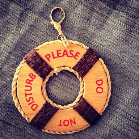 Discovery Shores Boracay: еще одна приятная мелочь: просьба не беспокоить