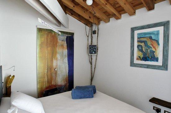 La Demba Arte-Hotel: Habitación La Sonrisa del Agua