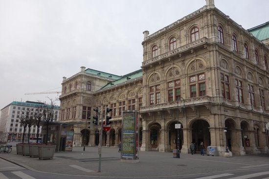 State Opera House : опера