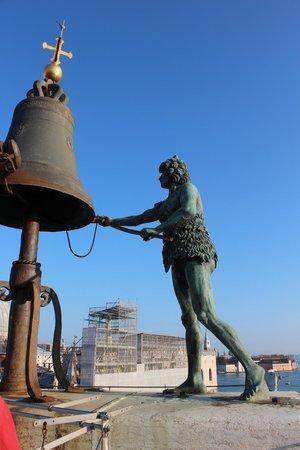 Torre dell'Orologio : i 2 mori