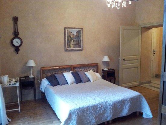Chateau La Roussille : Spacious & comfortable