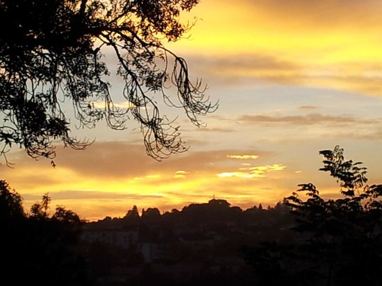 Chateau La Roussille : Sunrise from the terrace