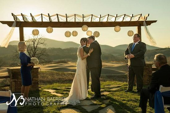 Brasstown Valley Resort & Spa: Wedding Venue Sunset