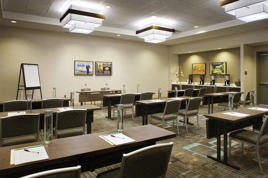 Residence Inn Tustin Orange County: Meeting Room