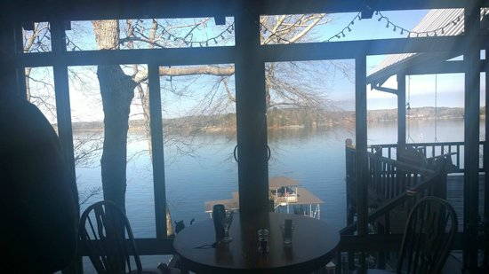 Smith Lake B&B : Our view at breakfast every morning