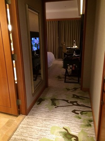 The Westin Taipei: Small room. Executive superior