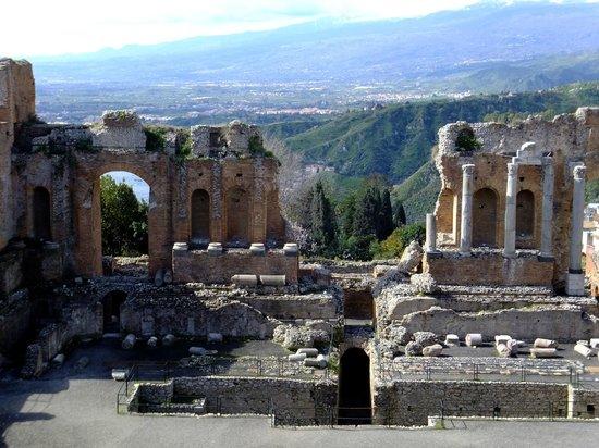 Ancient Theatre of Taormina : Vue depuis le haut