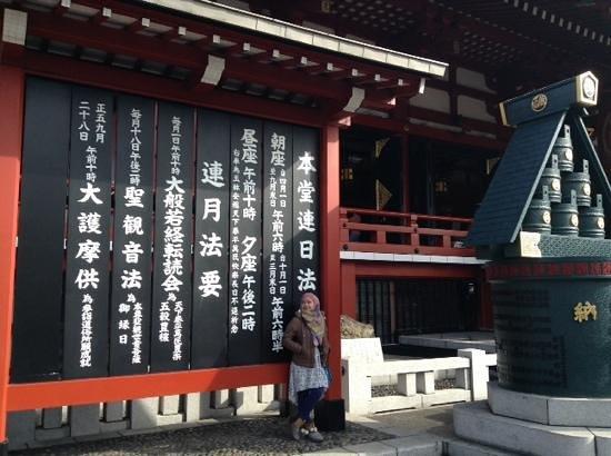 Senso-ji Temple: can you translate for me?; )
