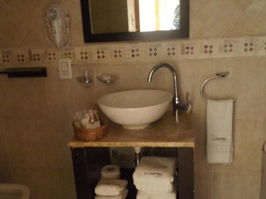 La Cantera Boutique Hotel: baño de la suite
