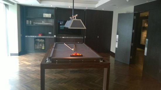 South Place Hotel: Games area