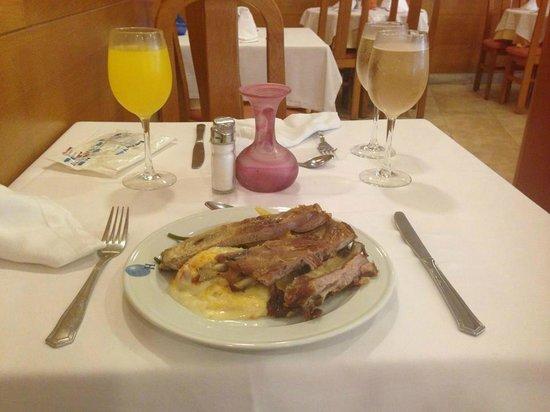 Eix Lagotel: Food