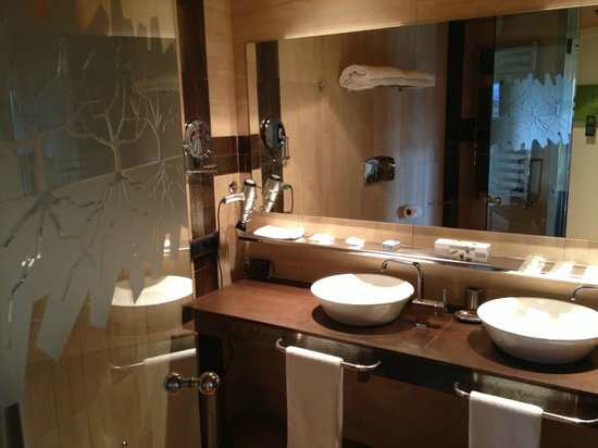 Hotel Eguren Ugarte : Baño