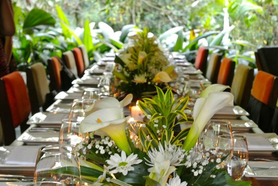 Monte Azul: Our table setting for our wedding
