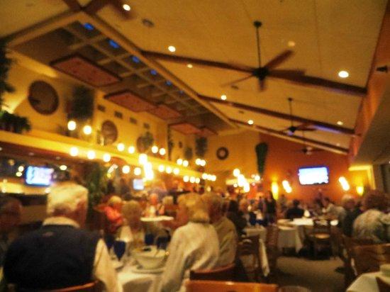 Bayfront Bistro: Dining room