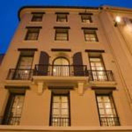 Republique Serviced Apartments