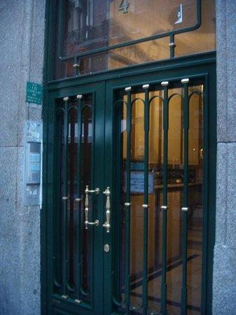 Hostal Casillas : porta