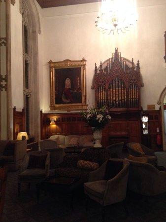 Nutfield Priory Hotel & Spa: The hall