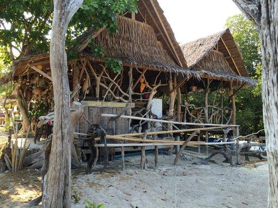Le Rendez Vous : PHI PHI Village