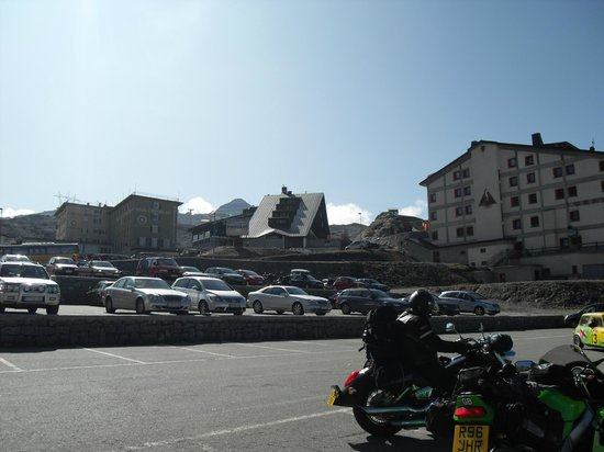 Stelvio Pass: hotels food places