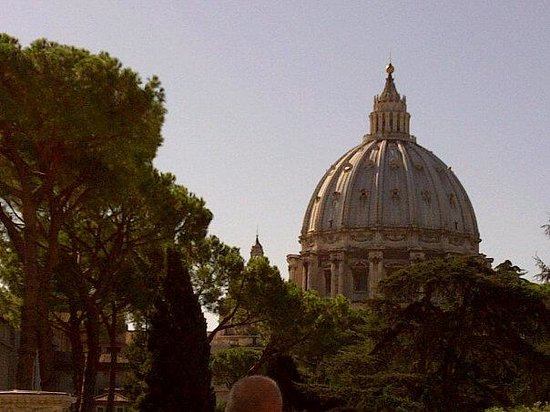 The Enthusiastic Traveler One Day Tours: St Peter's Gardens