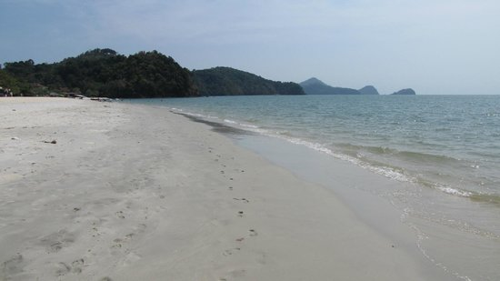 Holiday Villa Beach Resort & Spa Langkawi: Pantai Tengah