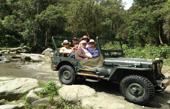 Salento, Colombie : Paseo en Jeep Willys Militar Mod 52