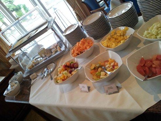 Vila Vita Rosenpark: Breakfast